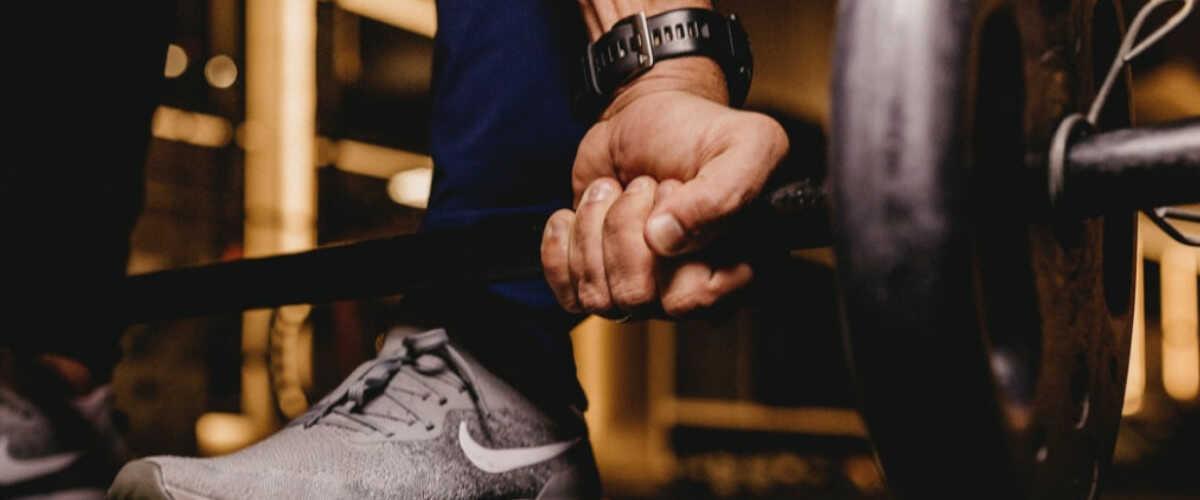 Co i w jakich porach dnia jeść podczas trenowania, aby schudnąć?